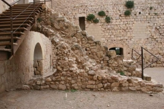замок Миравет 8