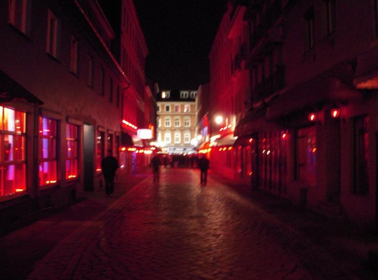 Красные огни Гамбурга.