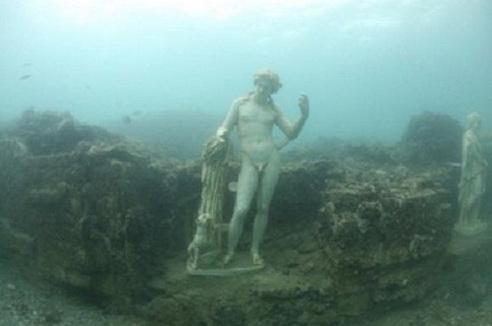 Подводный музей.