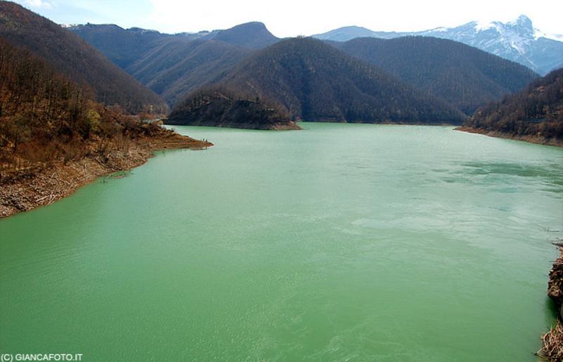 Озеро Вагли. Италия.