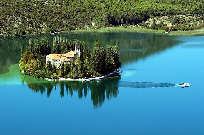 Хорватский монастырь Вишовац.