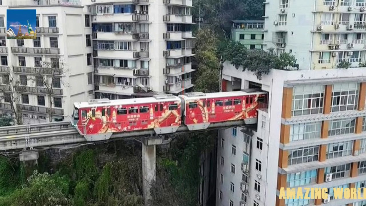 Самая удивительная станция метро мира.